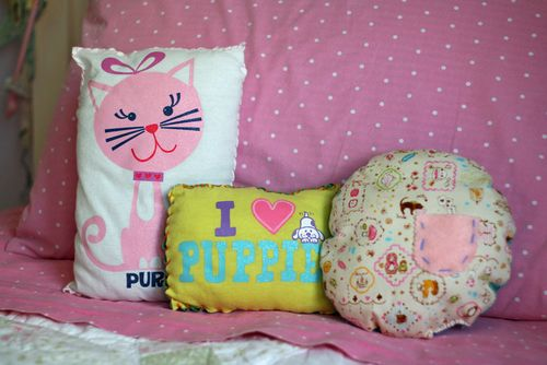 Kelly's pillows